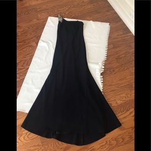 Gorgeous Vince Camuto formal dress